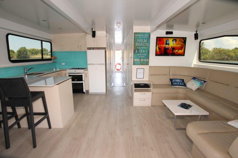 Gold Coast Houseboat Hire