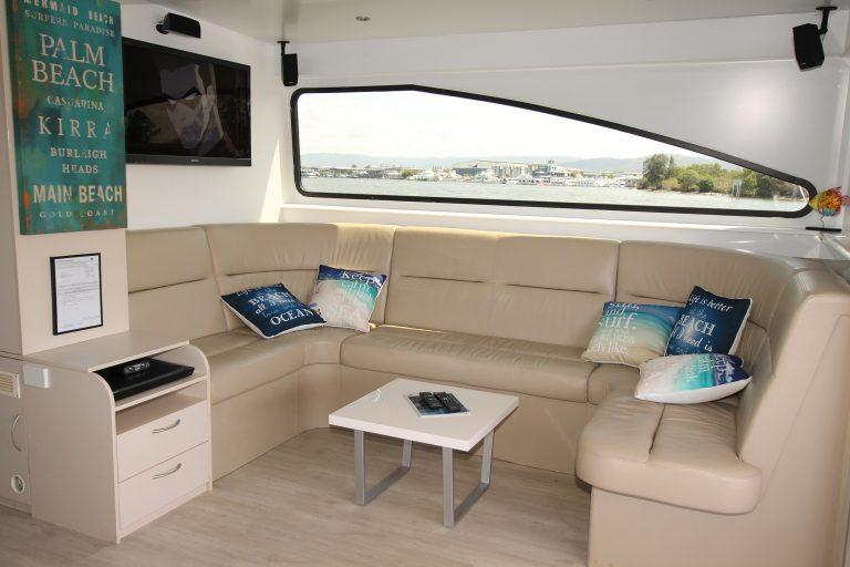 Hire Houseboat Queensland
